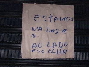 cartaz que anunciou o fechamento do RIO-BRASÍLIA, na rua Almirante Gavião, na Tijuca