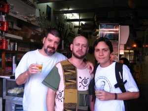 Eduardo Goldenberg, Luiz Antonio Simas, Felipe Quintans (o Felipinho Cereal) no XODÓ DA VOVÓ, na rua do Matoso, 06 de setembro de 2008, na Tijuca