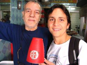 Seu Fernando e Felipe Quintans (o Felipinho Cereal) no ESCONDIDINHO DA MATOSO, na rua do Matoso, 06 de setembro de 2008, na Tijuca,