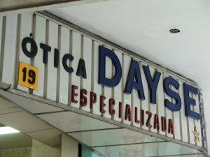 letreito da ÓTICA DEYSE, rua do Matoso 19, na Tijuca, foto de Eduardo Goldenberg