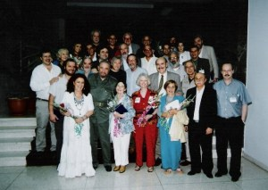 Beth Carvalho, Fidel Castro e amigos, em Cuba, foto do acervo pessoal de Beth Carvalho