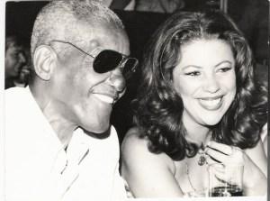 Cartola e Beth Carvalho no Carinhoso, no Rio de Janeiro, foto do acervo pessoal de Beth Carvalho